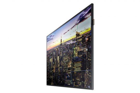 Samsung QB65H und QB75H aus anderem Betrachtungswinkel