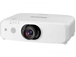 5400 Lumen - Panasonic PT-EZ590E (Neuware) kaufen